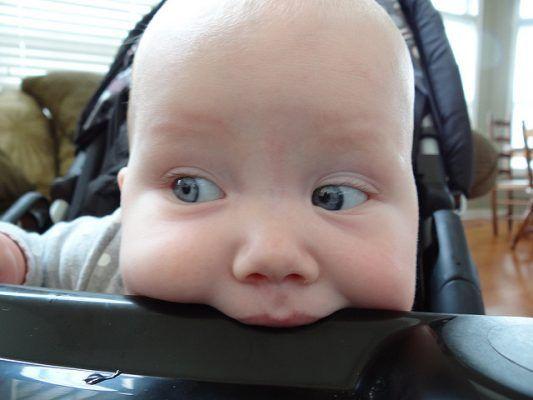 prezent dla niemowlaka - gryzak