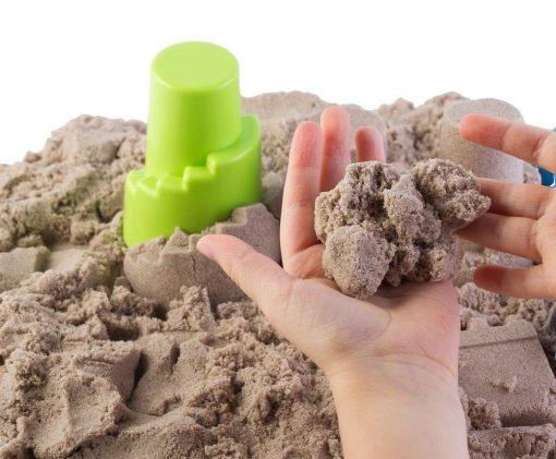 Piasek kinetyczny 5 kg z pieskownicą