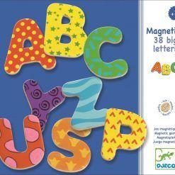 Duże litery magnetyczne