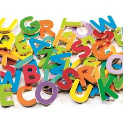 Kolorowe literki magnetyczne