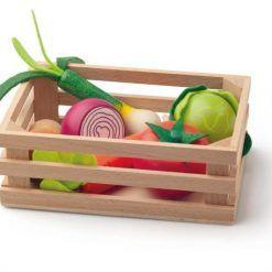Drewniane warzywa w skrzynce