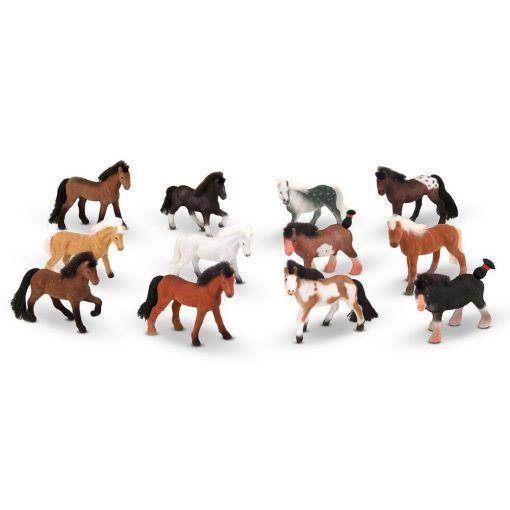 Figurki koni rasowych 12 szt.