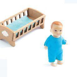 Figurka chłopczyka z łóżeczkiem Sasha