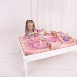 Magiczny zestaw kolejowy dla dziewczynki ze stołem 59 elementów