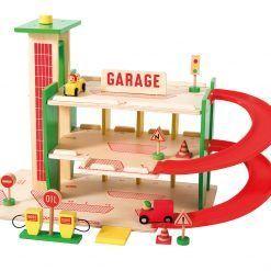 Drewniany garaż